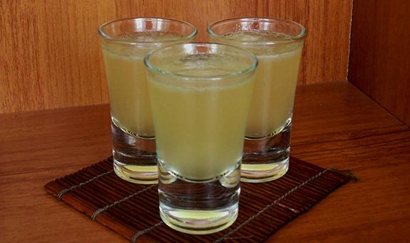 Cocktail Shot Silver Bullet recipe