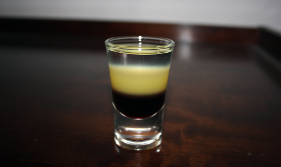 Cocktail Vampire's Eclipse Shot recipe