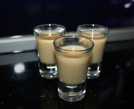 Cocktail Shooter Stealth Bomber recipe